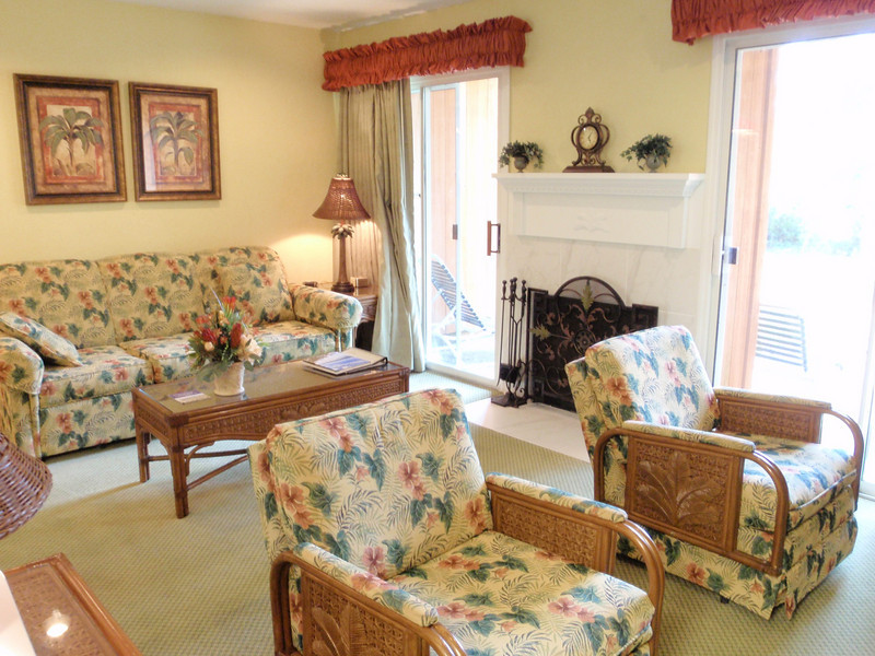 Another view of the living room. Those chairs are rockers!