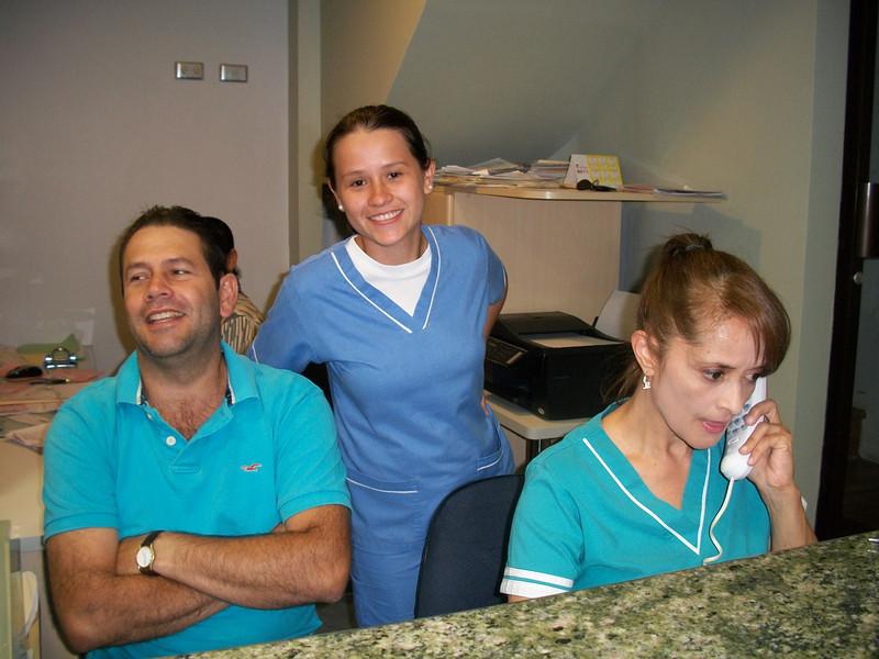 MT_Dentist_CastroAngladaFrontDesk.JPG