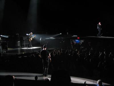 U2 - 8 Nov 05 - Oakland Arena - Oakland, CA
