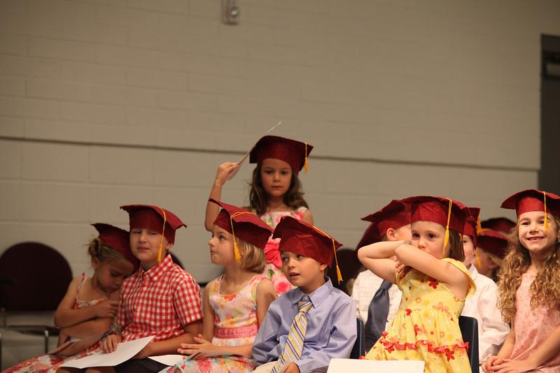 2012May18_MTA Kinder Grad_9768.JPG