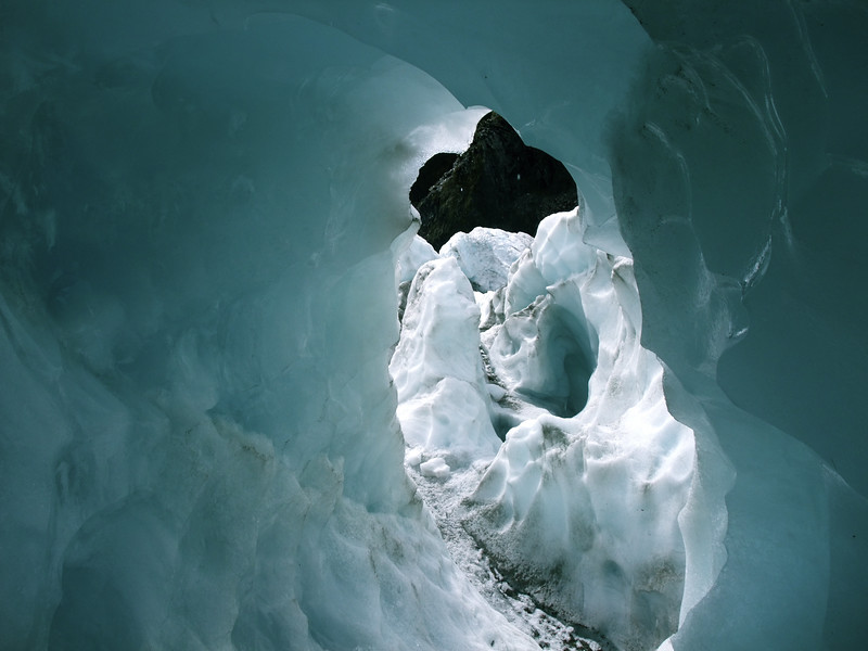 icetunnel.jpg