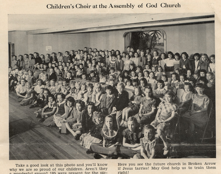 Childrens Choir 1951.jpg