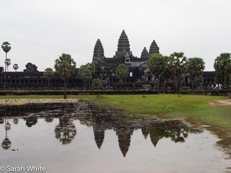 131107_AngkorWat_077.jpg