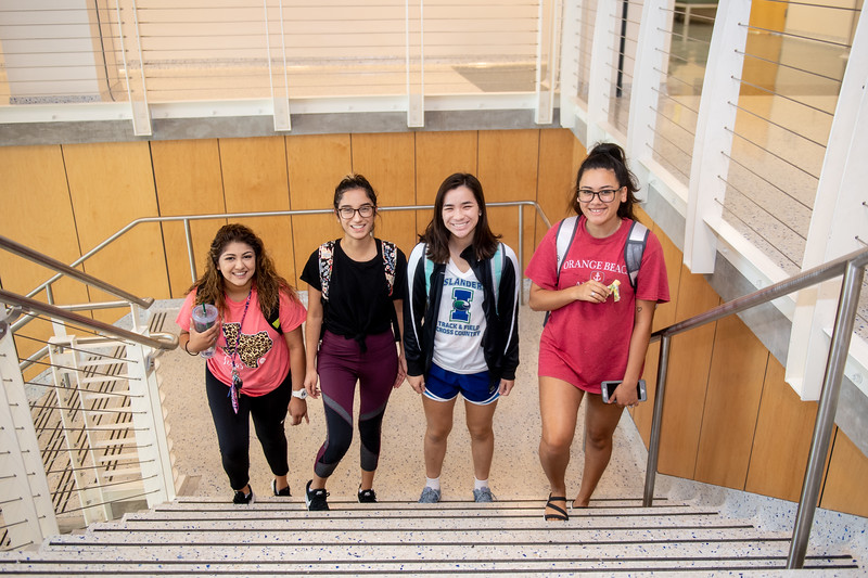 Sarah Vasquez (left), Cassie Carrizales, Kaela McReynolda, and Cynthia Lagunas make their way to their Med Surg II class in Island Hall.