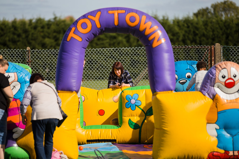 bensavellphotography_lloyds_clinical_homecare_family_fun_day_event_photography (131 of 405).jpg