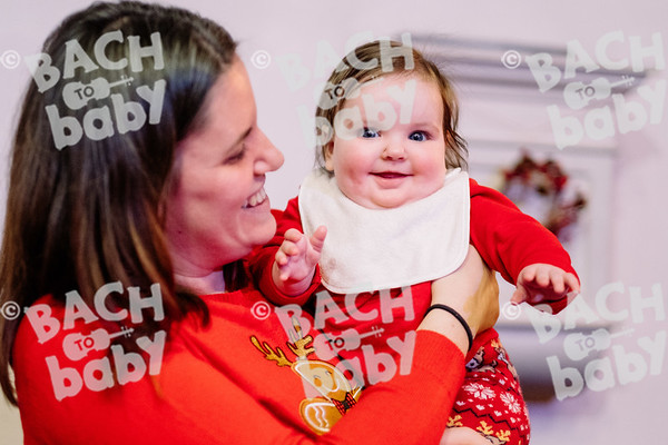 © Bach to Baby 2019_Alejandro Tamagno_Muswell Hill_2019-12-10 026.jpg