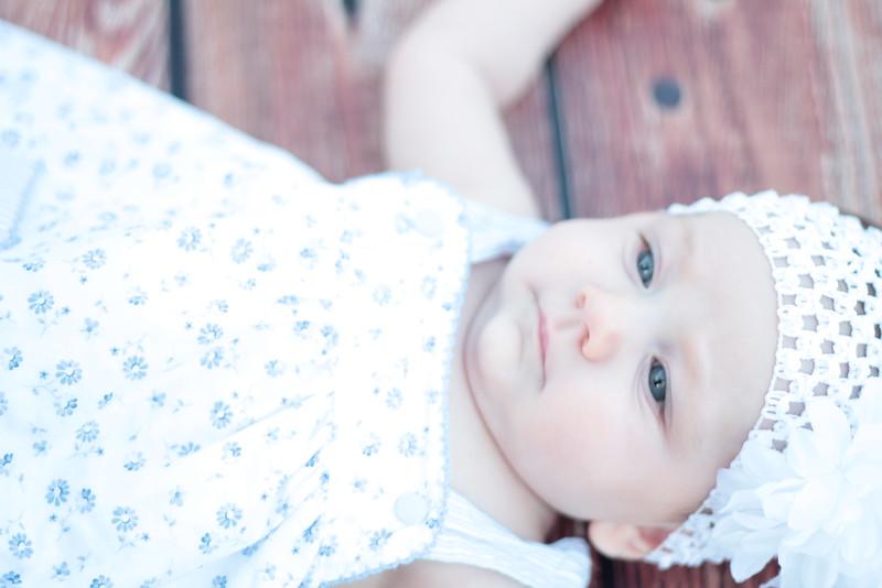 Evie-3 months (32).JPG