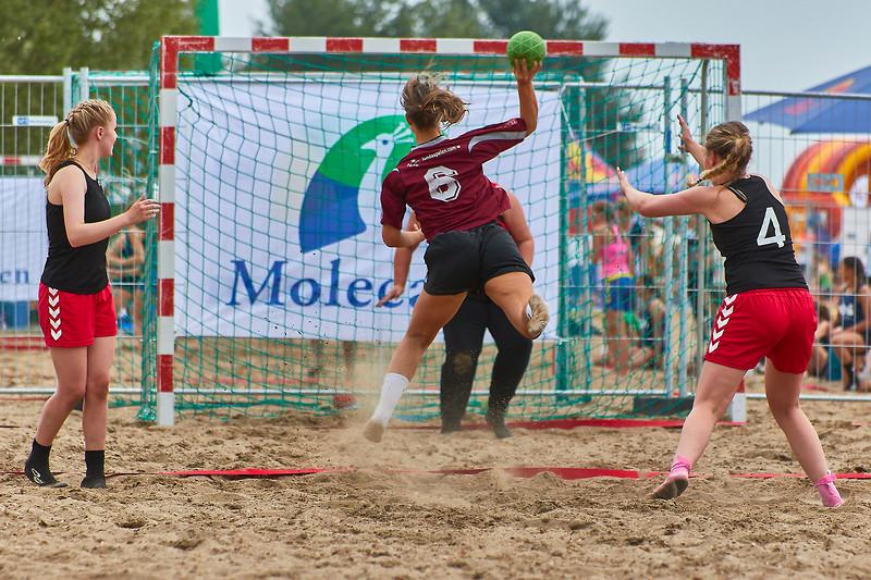 Molecaten NK Beach Handball 2017 dag 1 img 172.jpg