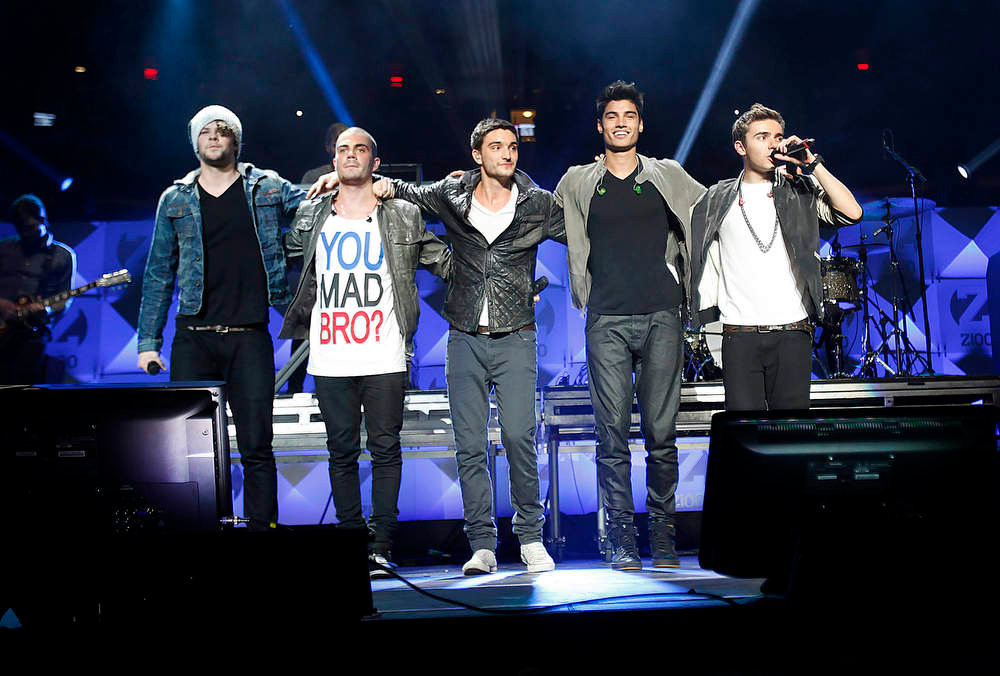 . Members of The Wanted band perform during the Z100 Jingle Ball at Madison Square Gardens in New York December 7, 2012. Seen are (L-R) Jay McGuiness, Max George, Tom Parker, Siva Kaneswaran and Nathan Sykes.   REUTERS/Carlo Allegri