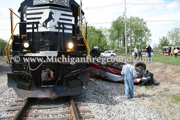 5/6/10 - Mason car vs train with extrication, Kipp Rd & RR Tracks