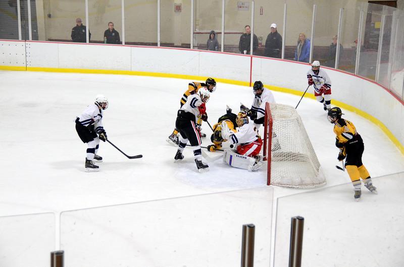 141004 Jr. Bruins vs. Boston Bulldogs-205.JPG