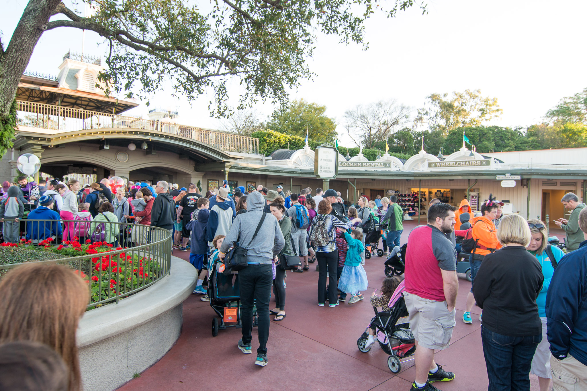 Morning Arrival - Walt Disney World Magic Kingdom