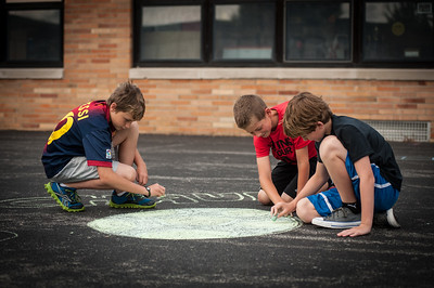 5th grade Chalking the playground