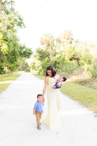 Motherhood Session-19.jpg