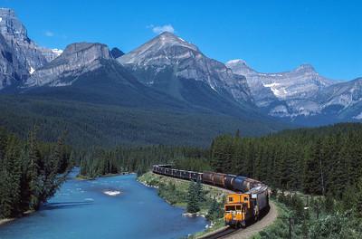 Laggan Sub:  Morant's Curve in Banff NP