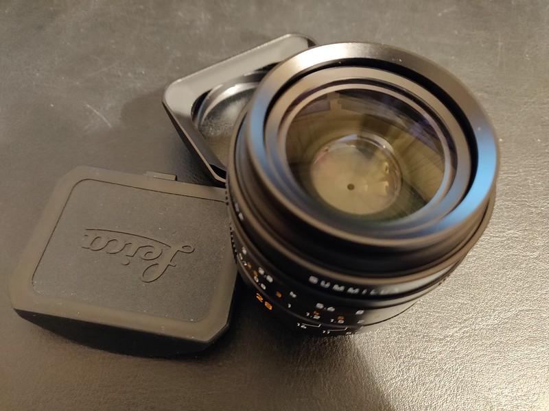 Leica 28mm Summilux-M ASPH 1.4 - Serial 4263749 008.jpg