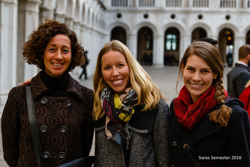 Venice Guide Elisabetta Morelli with the art history department-Ms. Valentino and Ms. Perry
