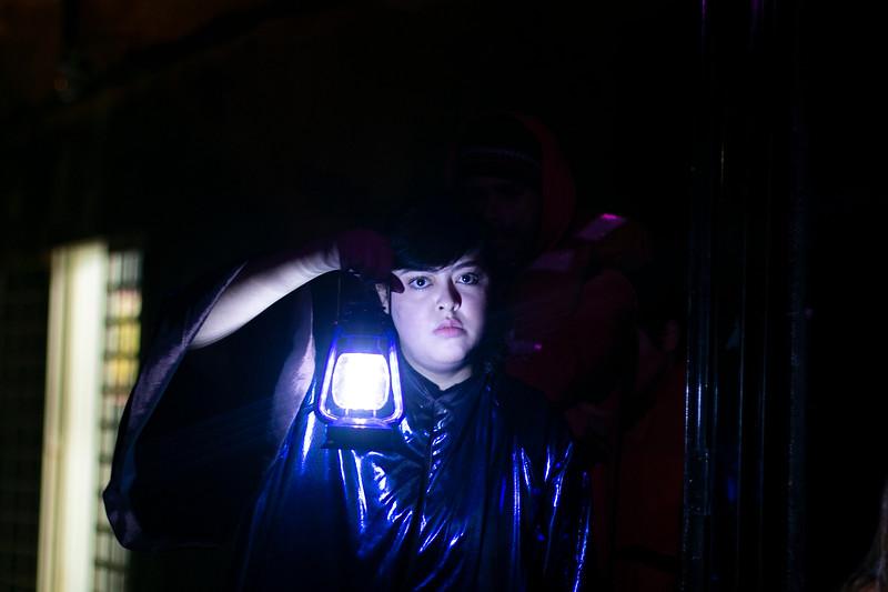 Allan Bravos - Fotografia de Teatro - Indac - Migraaaantes-363.jpg