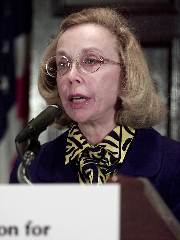 . Dr. Joyce Brothers discusses the contemporary bioterrorist threat during an address before the National Foundation for Infectious Diseases, Friday, Oct. 19, 2001 at the National Press Club in Washington. (AP Photo/Ron Edmonds)