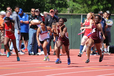 Girls 4x100m Relay