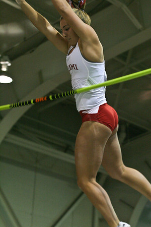 Women's Pole Vault - 2013 MAC Indoor Meet