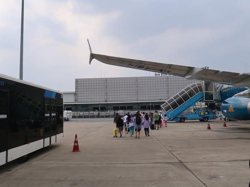 IMG_5591-tarmac-boarding-sgn-to-dad.JPG