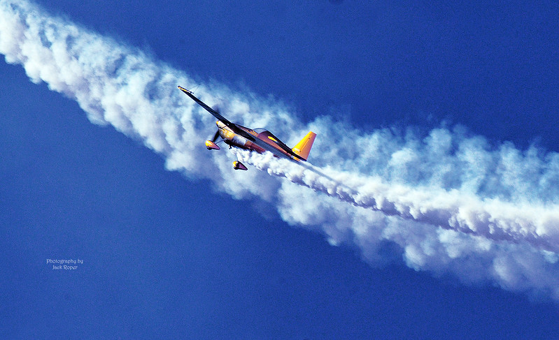06 Stunt plane -EAA -Roper  - Copy.jpg