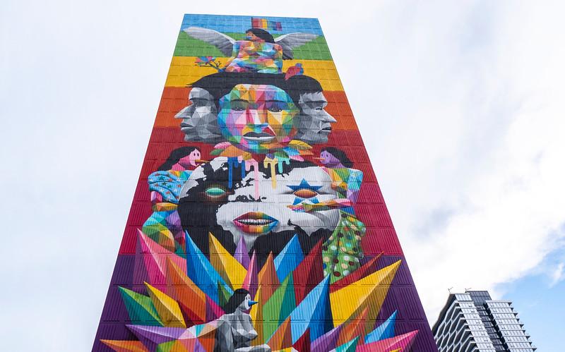 Toronto-StreetArt-Equilibrium01.jpg