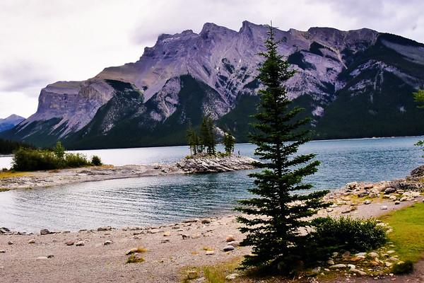 Lake Minnewanka & Cascade Ponds, Alberta (July 2019)