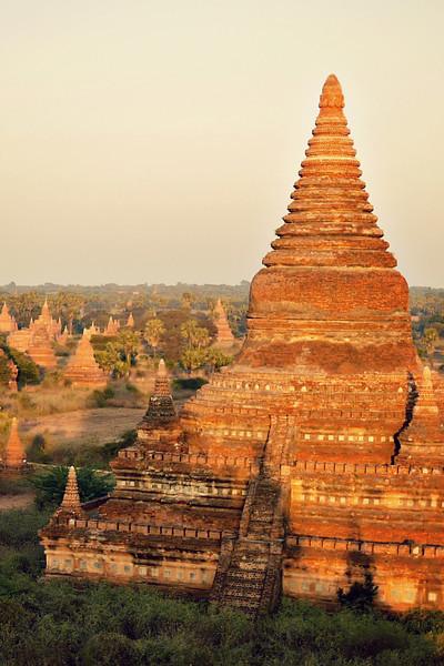 Bagan Day 2, Burma (173).jpg