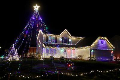 120720 Christmas Lights (MA)