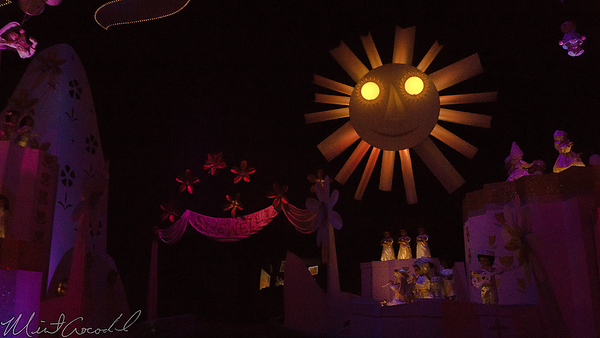 Disneyland Resort, Disneyland, Fantasyland, it's a small world, Small World, Small, World