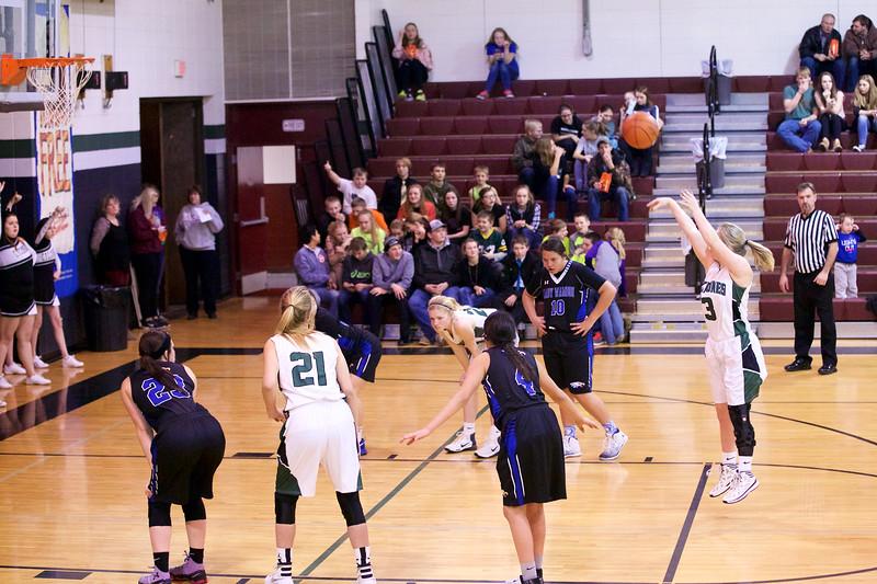 '17 Cyclones Girls Basketball 485.jpg