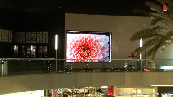Santa Monica Place Hydro Projection Display
