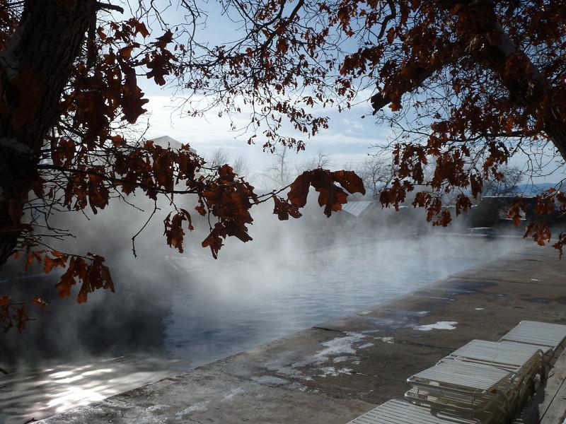 Hot spring water vs. freezing air
