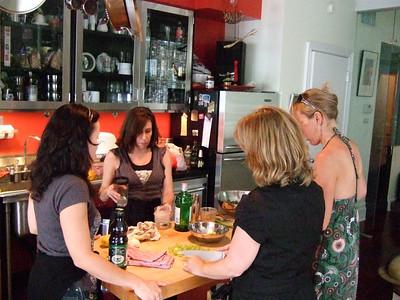 08-08 Betsy & Kelly pre-Ireland