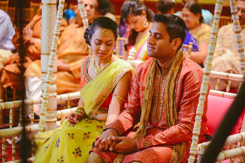 Charmi & Abhi Garba (134 of 578).jpg
