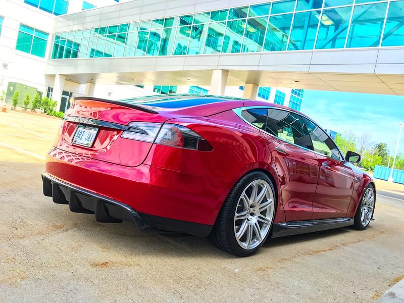 Tesla05.jpg