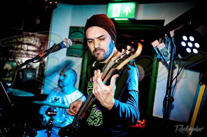 Jamie Strange & the Offbeats - Epsom