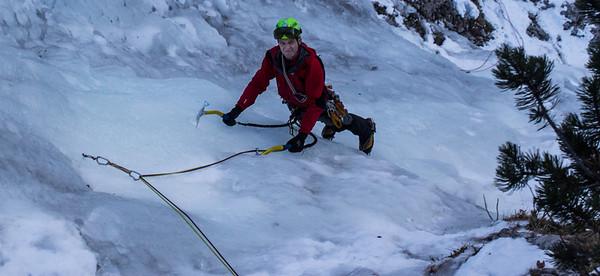 12 11 Rastlinca ice climbing in Tamar