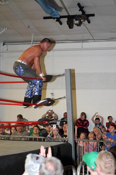 wrestling516.JPG