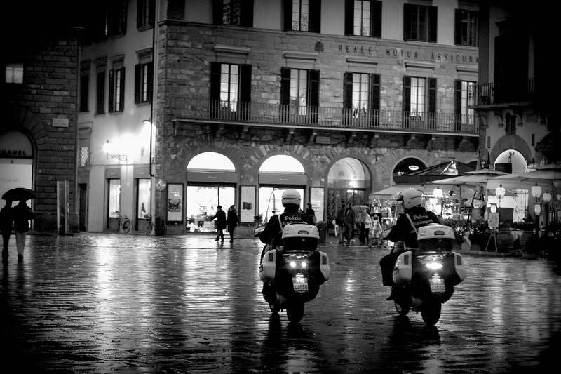 piazza-della-signoria-at-night_2103460311_o.jpg