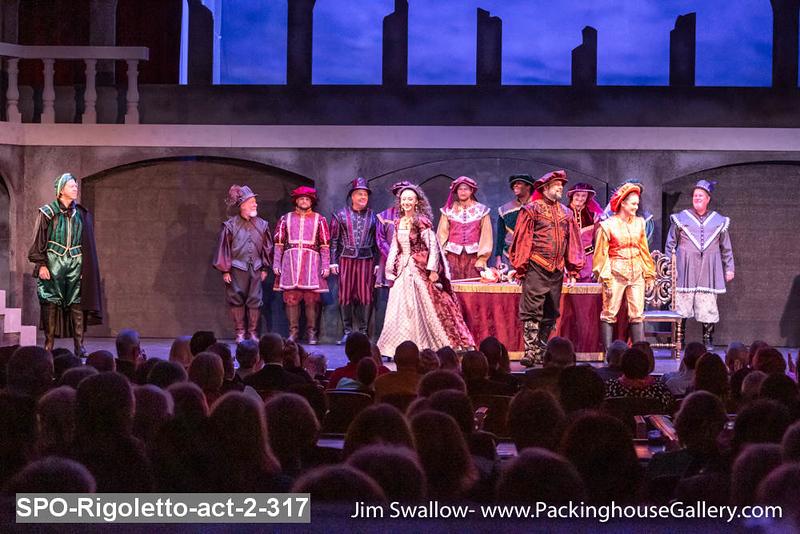 SPO-Rigoletto-act-2-317.jpg