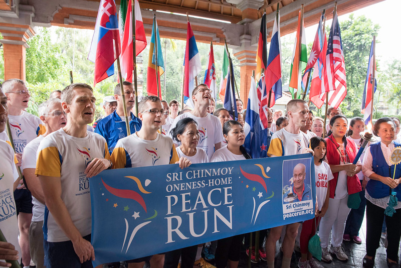 20170202_Peace Run Denpasar w_Mayor_031.jpg
