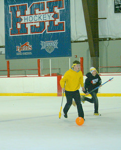2012-01-03 - Broomball 7th 8th