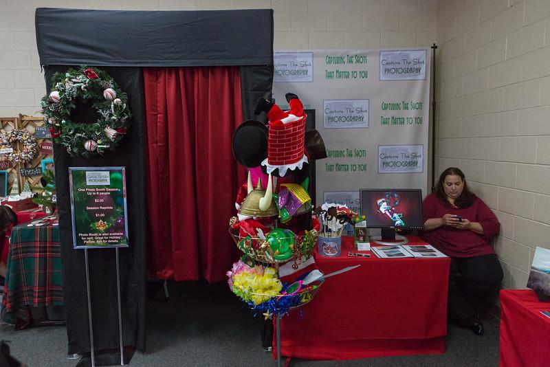 Good Shepard Lutheran School Christmas Boutique 2014-223.jpg