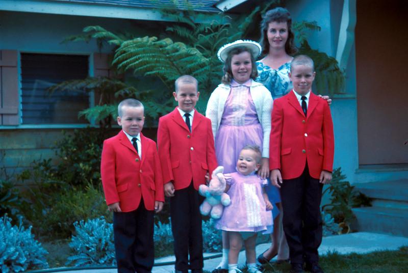 0173 - Mom, Jeannette, Ted, Mark, Todd, Linda (4-63).jpg