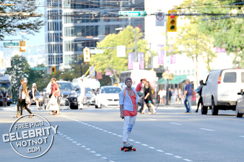 EXCLUSIVE: Tom Felton Electric Skateboard Skills