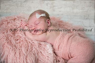 Elisia Newborn