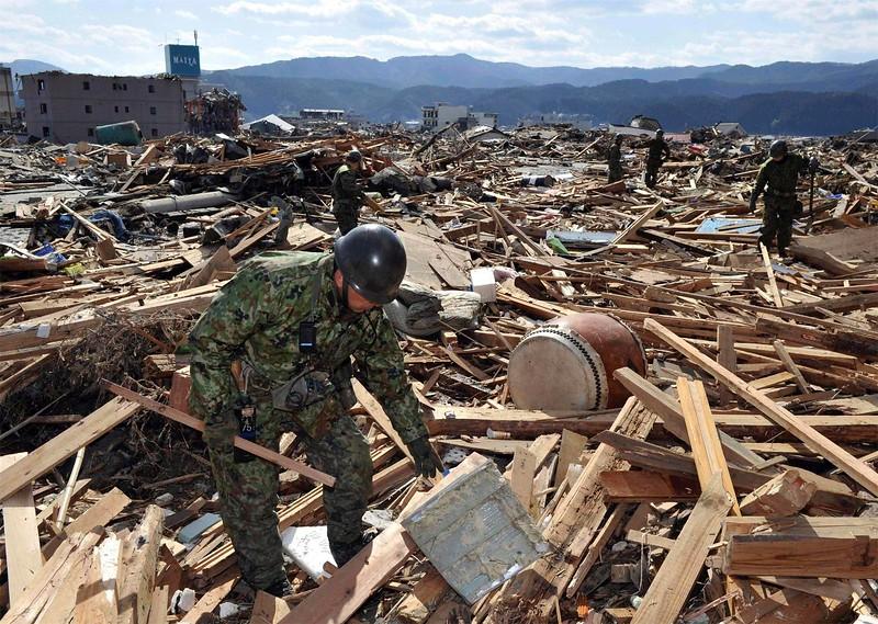 JapanEarthquake2011-316.jpg